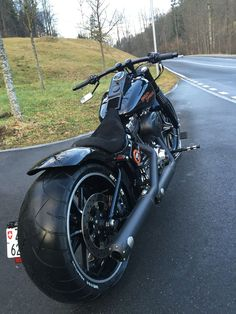 Harley Davidson Breakout YouTube Channel www.youtube.com/HarleyDavidsonBreakout Welcome to the Breakout Group http://breakout-friends.org/facebook Harley Davidson Breakout Friends Website http://breakout-friends.org Instagram Harley_Davidson_Breakout https://instagram.com/harley_davidson_breakout/ Pinterest Harley Davidson Breakout https://de.pinterest.com/HDBreakout/