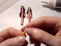 OK, so here is how I make toothpick dolls. Toothpick dolls are a variation of worry dolls, and (in my opinon) way cuter. As the rest of the tutorials are upl. Felt Dolls, Paper Dolls, Minis, Worry Dolls, Creation Deco, Clothespin Dolls, Tiny Dolls, Doll Tutorial, Doll Parts