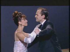 Ana Belén y Miguel Bosé - 'Tómbola' (Premios Goya 96) - YouTube
