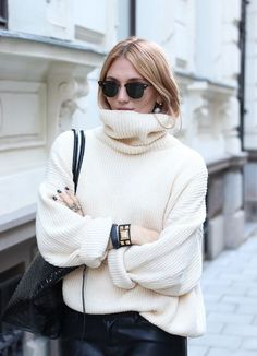 A thick, white turtleneck is so perfect for winter.