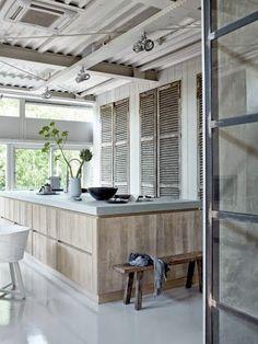 Whitewash eiken houten keuken ikea koak design whitewash eiken houten keuken op ikea faktum - Meubilair outdoor houten keuken ...