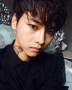 N 엔 || Cha Hakyeon 차학연 || VIXX || 1990 || 180cm || Vocal || Lead Dancer || Leader