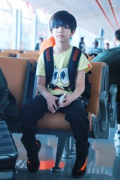 Cute Asian Babies, Korean Babies, Asian Kids, Cute Babies, Dad Baby, Cute Baby Boy, Cute Boys, Baby Kids, Ulzzang Kids