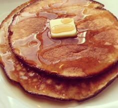 Keto Recipe: Keto Pancakes Recipe (with cream cheese!)