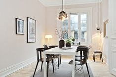 Architecture, Scandinavian Dining Room Design With Black Chairs White Table Interior Color Decorating Ideas Floor Lamps And Wall Picture Fra. Condo Living, Living Spaces, Living Room, Esstisch Design, Sweet Home, Minimalist Room, Interior Decorating, Interior Design, Decorating Ideas