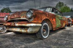 HDR Pontiac Chieftain
