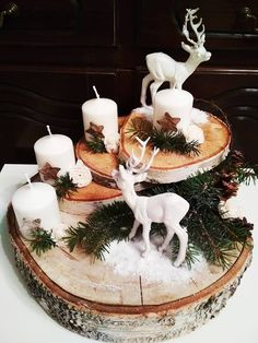 Christmas Advent Wreath, Country Christmas Decorations, Christmas Candle, Christmas Centerpieces, Rustic Christmas, Xmas Decorations, Christmas Art, Christmas Projects, Winter Christmas
