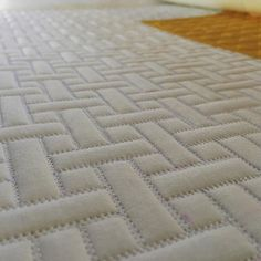 I love #whiteonwhite - have I mentioned that before? #fmq #freemotionquilting #quilt #quilting #machinequilting #longarmquilting #texture