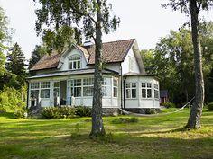 Swedish white house - Sara Danielsson