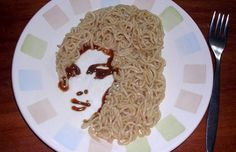 Fun to draw, fun to eat! Deep world of noodle art (September 2012 – Wine Venues Ugly Cakes, Wine House, Edible Food, How To Eat Better, Dinner Is Served, Amy Winehouse, Food Humor, Food Design, Food Pictures