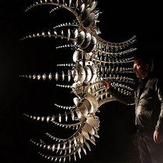 Hypnotic New Kinetic Sculptures by Anthony Howe Steel Sculpture, Sculpture Art, Kinetic Wind Art, Anthony Howe, Art Du Monde, Wind Sculptures, Graffiti, Iris Van Herpen, Outdoor Sculpture