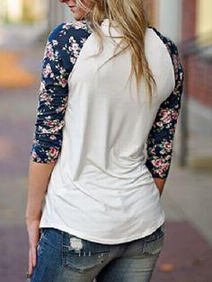 Round Neck Flower Print T-shirt