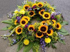 Kranz mit Sonnenblumen                                                                                                                                                                                 Mehr