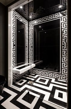 Based in Toronto and working for jet-setters around the planet, Lori Morris is recognized as one of the best interior designers. Discover her design projects! Top Interior Designers, Luxury Interior Design, Versace Tiles, Versace Home, Morris, Nordic Interior, Contemporary Interior Design, Luxury Furniture, Design Projects