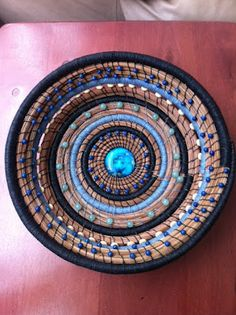 Gloucester Woman Baskets: Extraordinary World Pine Needle Basket