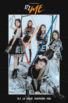 ITZY released the girl group's charisma on the new album teaser. The group released the teaser image of the second mini album 'IT'z ME' on the official SNS channel on the K Pop, Kpop Girl Groups, Korean Girl Groups, Kpop Girls, Wallpapers Kpop, K Drama, Asian Music Awards, Fandom, New Girl