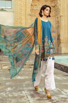 b Luxury Lawn Collection 2019 Desi Wedding Dresses, Pakistani Formal Dresses, Asian Wedding Dress, Pakistani Fashion Casual, Pakistani Outfits, Indian Outfits, Indian Ladies Dress, Indian Wear, Indian Dresses