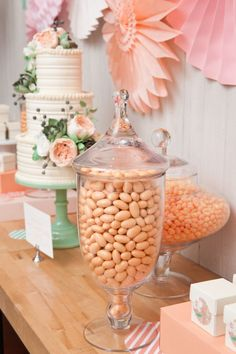 So many gorgeous details at this event hosted by Minted Weddings in New York recently, for wedding editors and bloggers to celebrate their new collection launch. #pinwheel #dessert #dessertbar #desserttable #cake #peach #pink #mint #seafoamgreen #gorgeous #event #events #wedding #weddings #celebrate #decorations #decorate #flowers