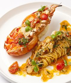 Big on both flavour and luxury, lobster spaghetti is a favourite in many southern Italian coastal towns. Bring some sunshine into your kitchen by whipping up Francesco Mazzeis lobster spaghetti recipe - a gorgeous take on a classic. Lobster Dishes, Lobster Recipes, Fish Recipes, Seafood Recipes, Gourmet Recipes, Cooking Recipes, Healthy Recipes, Vegetarian Recipes, Pasta Recipes