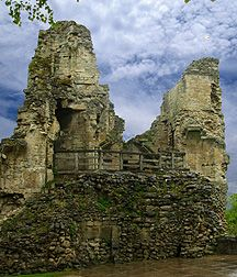 Knaresborough Castle ruins Yorkshire castle given to Queen Philippa by Edward III and a favorite hunting escape of King John, destroyed by Cromwell Yorkshire Day, North Yorkshire, Knaresborough Castle, Edward Iii, King John, Castles In England, Plantagenet, Wars Of The Roses, Irish Sea
