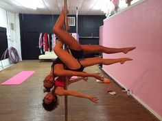 Double Scorpio Doubles Pole dance