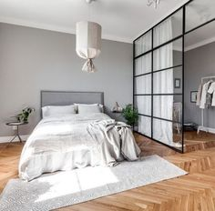 Grey home with a glass partition Minimalist Bedroom glass grey Home partition Scandinavian Interior Design, Scandinavian Home, Interior Design Living Room, Home Design Decor, Home Decor, Scandinavian Architecture, Design Ideas, Blog Design, Design Design