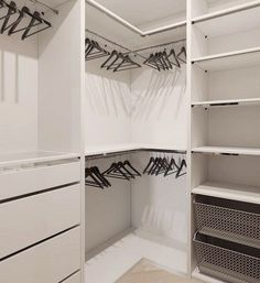 Small Master Closet Organization Ideas Wardrobes New Ideas Corner Closet, Corner Wardrobe, Wardrobe Design Bedroom, Master Bedroom Closet, Bedroom Wardrobe, Wardrobe Closet, Attic Closet, Mirror Bedroom, Master Suite