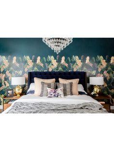 Admina Velvet Tufted Bed, Navy