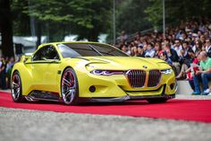 Boasting one of the broadest and lowest front ends of any vehicle in the BMW Group, the BMW 3.0 CSL Hommage's front exudes pure power and athleticism.