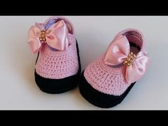 Crochet Baby Girl Princess Shoes - We Love Crochet Baby Booties Free Pattern, Booties Crochet, Baby Boots, Crochet Baby Booties, Crochet Slippers, Baby Girl Crochet, Crochet Baby Shoes, Love Crochet, Crochet For Kids