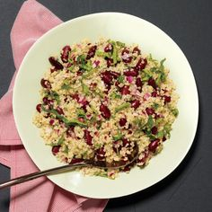 Quinoa-and-Bean Salad Recipe Salads with kidney beans, quinoa, purple onion, basil, lemon Quinoa Bean Salad, Vegetarian Recipes, Healthy Recipes, Easy Recipes, Pescatarian Recipes, Healthy Foods, Bean Salad Recipes, Tacos, Salads