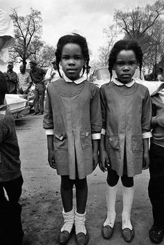 Watching the Selma March, Alabama, 1965, from the book Steve Schapiro
