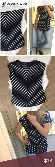 "Jones New York Black and White Striped Top Chevron striped nautical top with a V-neck. 5 gold buttons on left shoulder. Great fit and condition! ▪️Size Medium ▪️19.5"" flat across chest and 25"" long. BIN100 Jones New York Tops Tees - Short Sleeve"