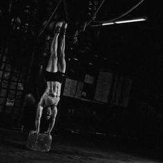 #getupsidedown #ilovehandstands #hollowbody  #crossfit#crossfitgames#ageisonlyanumber #crossfitmasters#crossfitmom#lifedoesnotstopat40 #crossfit614#womenofcrossfit #fitandfifty#fitafterfifty#fitline#614 #girlsofcrossfit#cbus#columbus#ohio#ohiolifts#crossfittraining#rxsmartgear#winniesripfix#bendactive#powermonkeycamp  Photo credit @kpotterfphoto & @simplyperfectionphotography and obviously some by me