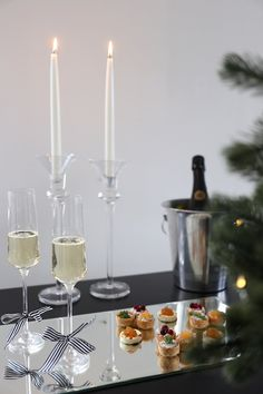December 2016 - Page 3 of 3 - Homevialaura Christmas Cocktail Party, Christmas Cocktails, Come Dine With Me, Christmas Town, Xmas, Dinner Is Served, Sparkling Wine, Luxury Home Decor, Winter Time