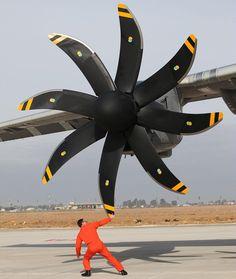 """Size matters… #A400M #Airbus #Snecma #Safran #Europrop #Engine #propeller #turboprop #aviation #avgeek #Aircraft #military #aviation ©Airbus"""
