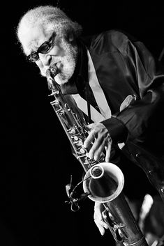 """Sonny rollins"" image by Christian Gaier. View more jazz images at All About Jazz Photo Gallery. All About Jazz, All That Jazz, Jazz Artists, Jazz Musicians, Simon Phillips, Sax Man, Sonny Rollins, People Icon, Brass Band"