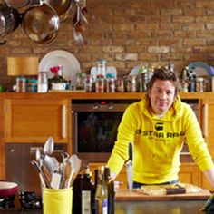 Try this Rib-Eye Stir-Fry, Dan Dan Noodles, Chilled Hibiscus Tea recipe by Chef Jamie Oliver. This recipe is from the show Jamie's 30 Minute Meals.