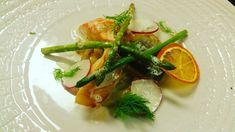 Fischvariation/Fenschel/Spargel/Orange/ Food Pictures, Food Pics, Caprese Salad, Thai Red Curry, Orange, Masons, Ethnic Recipes, Asparagus, Fish