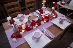 wedding-tablescape-red-and-white-carnations-striped-linens-diy-wedding