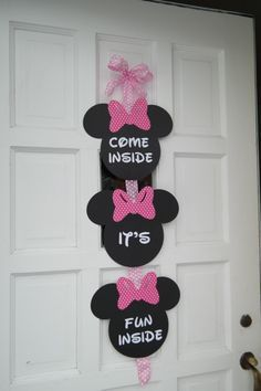 A DIY Minnie Mouse 1st Birthday Party Its Another One Of Those Things With Parenting