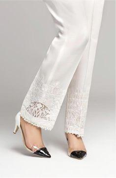 Fashion Pants, Fashion Dresses, Salwar Pants, Cap Girl, Long Dress Design, Pakistani Dresses Casual, Pakistani Salwar Kameez, Designs For Dresses, Fashion 2020