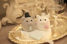 kitty and Cat MochiEgg wedding cake topper