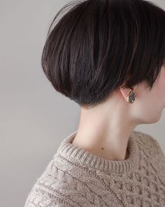 Asian Short Hair, Curly Short, My Hair, Short Hair Styles, Hair Cuts, Pearl Earrings, Instagram, Fashion, Bob Styles