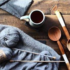 We Are Knitters vous apprend comment tricoter le surjet simple et surjet double