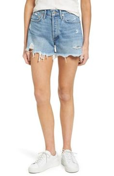 Denim Shorts Outfit, Silk Shorts, Sweater And Shorts, Linen Shorts, Jean Shorts, Short Outfits, Outfits For Teens, High Rise Shorts, Distressed Denim Shorts