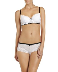 1d3886fd60 This bra is so pretty and really comfortable to wear! It s a great push-