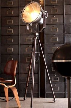 12 Easy Industrial Vintage Decor Ideas For A Brick & Steel Living Space Industrial vintage floor lamp in a stylish living room Industrial Chic Decor, Industrial Floor Lamps, Industrial Interior Design, Vintage Industrial Furniture, Industrial Living, Industrial Interiors, Home Interior Design, Industrial Loft, Industrial Bedroom