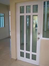 Resultado de imagen para puerta aluminio blanco