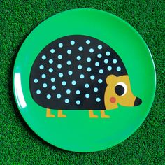 Are you interested in our Retro Hedgehog Melamine Plate? With our Melamine Child's Plate by Berylune you need look no further. Cute Animal Illustration, Animal Illustrations, Retro Design, Little People, Hedgehog, Cute Animals, Presents, Plates, Toys